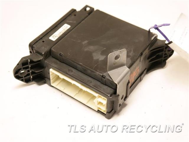 2008 Toyota Sequoia  82730-0C180 DRIVER SIDE FUSE JUNCTION BOX