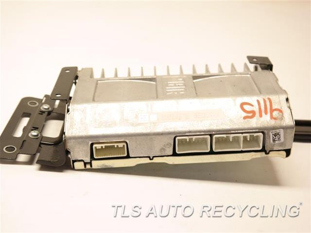 2008 Toyota Sequoia Radio Audio / Amp 82280-OC130 AMPLIFIER (RADIO, UNDER RIGHT SEAT)
