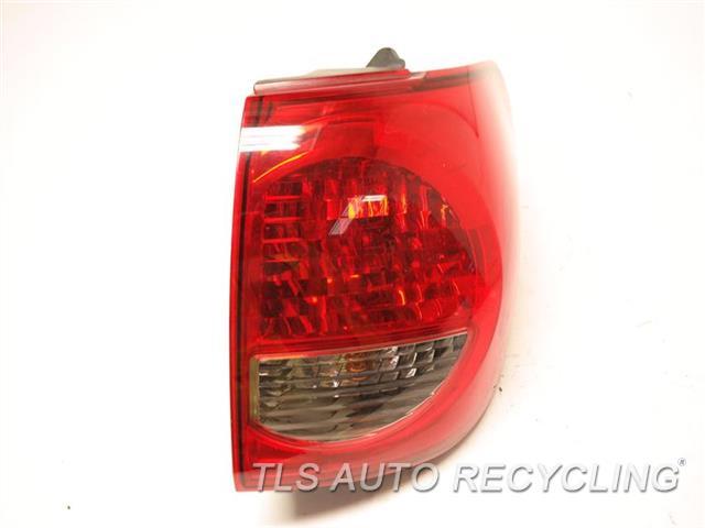 2008 Toyota Sequoia Tail Lamp  RH,QUARTER PANEL MOUNTED, R.
