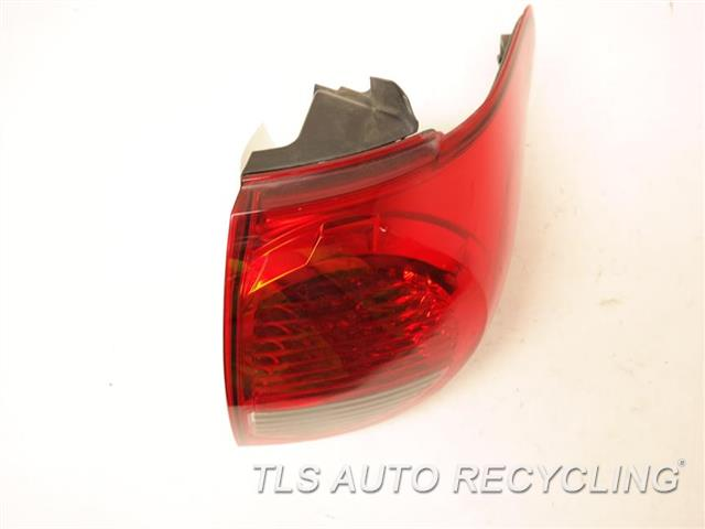 2008 Toyota Sequoia Tail Lamp  RH,QUARTER PANEL MOUNTED, R.