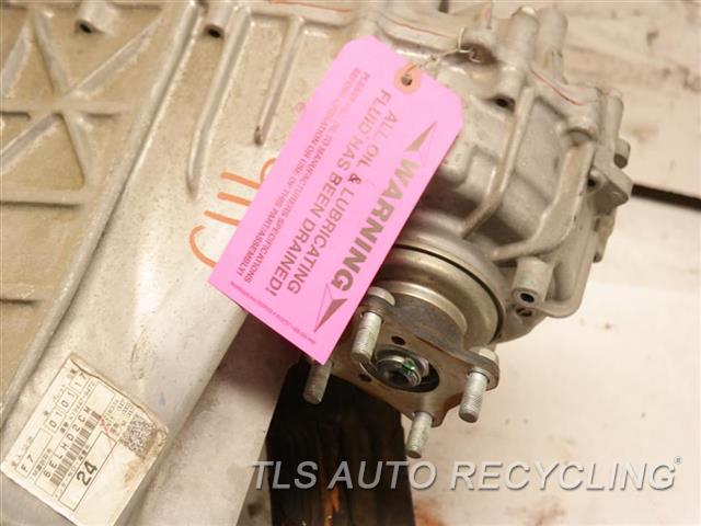 2008 Toyota Sequoia Transfer Case Assy  5.7L (3URFE ENGINE)