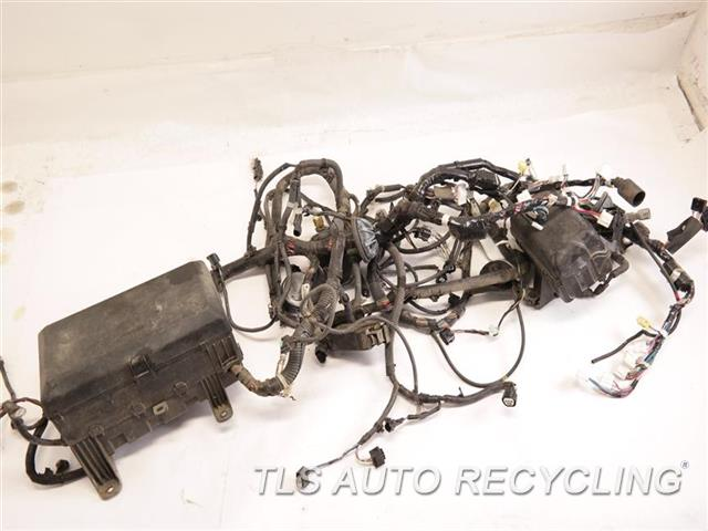 2010 toyota sequoia engine wire harness 82111 0c670 used a grade