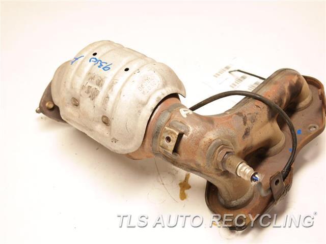 2008 Toyota Sienna Exhaust Manifold  DRIVER EXHAUST MANIFOLD