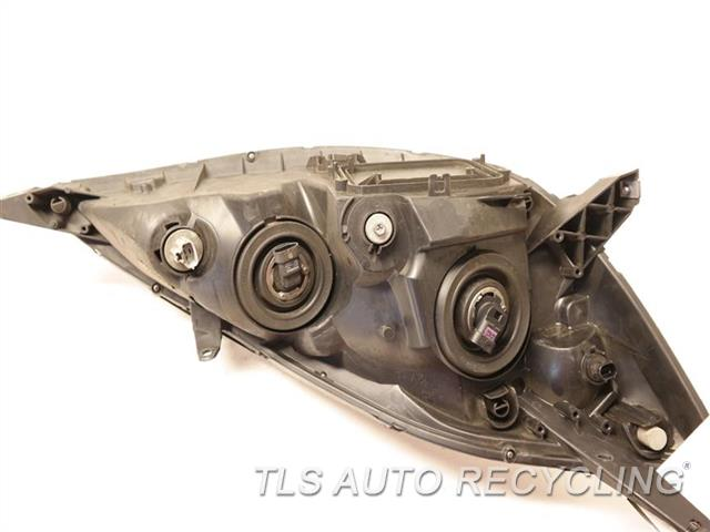 2008 Toyota Sienna Headlamp Assembly NEED BUFF LH, HALOGEN HEADLAMP