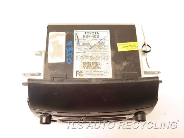 2008 Toyota Sienna Radio Audio / Amp 86120-08220 RECEIVER, DASH, (CD), FUJITSU