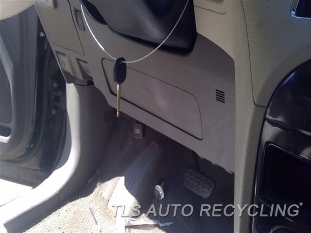 2011 Toyota Sienna Air Bag  LH,DRIVER, KNEE
