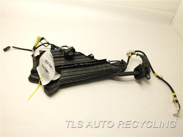 Wiring Harness For 2011 Toyota Sienna : Toyota sienna body wire harness  used