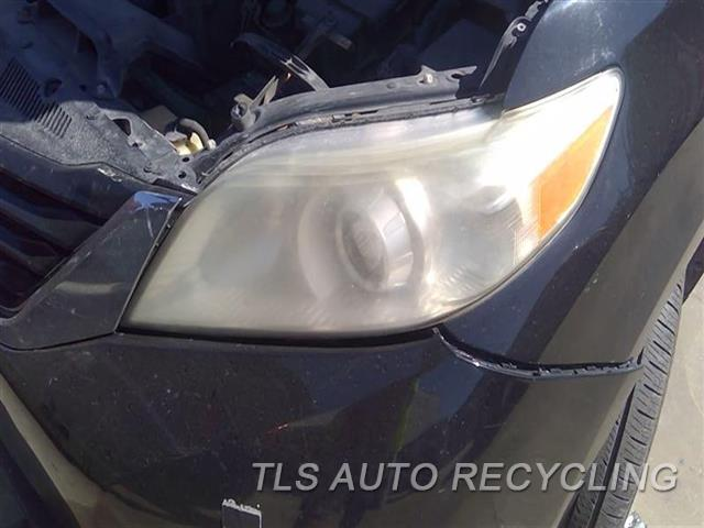 2011 Toyota Sienna Headlamp Assembly UPER INNER TAB DAMAGD NEEDS BUFF LH,HALOGEN, CLEAR LENS, L.