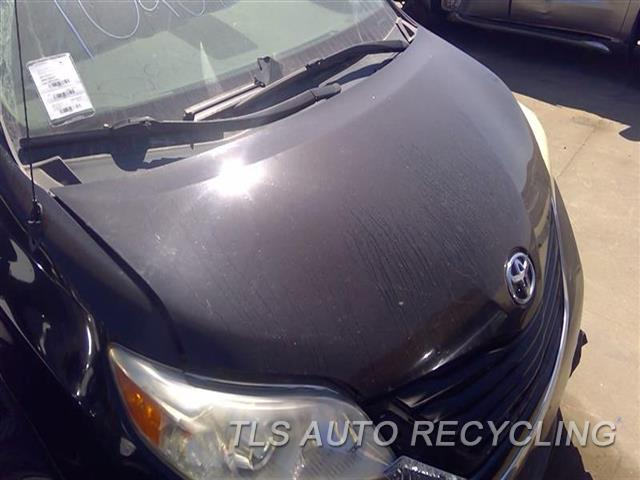 2011 Toyota Sienna Hood ROCK CHIPS FRONT SECTION 2T1,BLK
