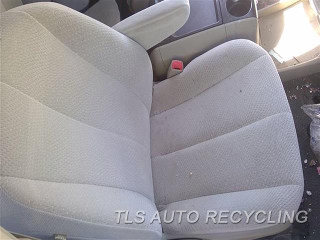2011 Toyota Sienna Seat, Front  RH,TAN,CLO,(BUCKET), (AIR BAG), R.