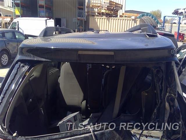2011 Toyota Sienna Spoiler, Rear RH SIDE BROKEN TAB NIQ,BLK