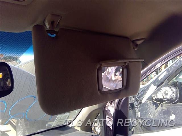 2011 Toyota Sienna Sun Visor/shade  RH,TAN,(ILLUMINATED), R.