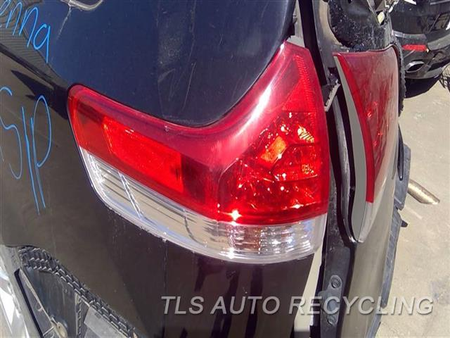 2011 Toyota Sienna Tail Lamp  LH,QUARTER PANEL MOUNTED,