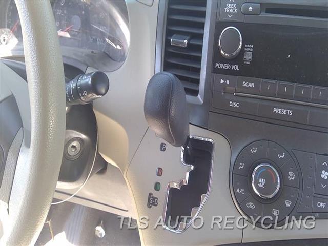 2011 Toyota Sienna Transmission Shifter  SHIFTER