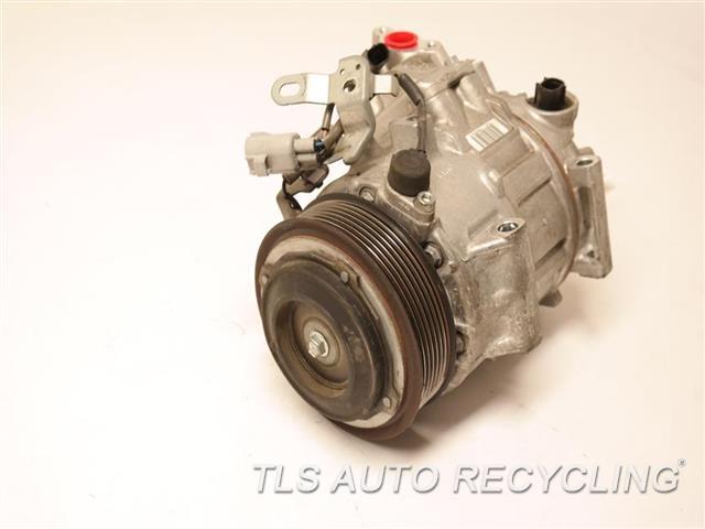 2016 Toyota Sienna Ac Compressor  AC COMPRESSOR 88320-0E110