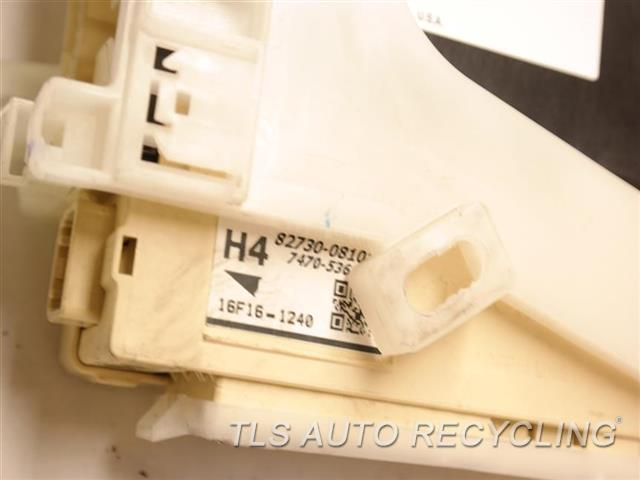 2016 Toyota Sienna   JUNCTION BLOCK 82730-08101