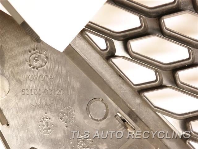 2016 Toyota Sienna Grille  BLK,UPPER, W/O PRE-CRASH SYSTEM, SE