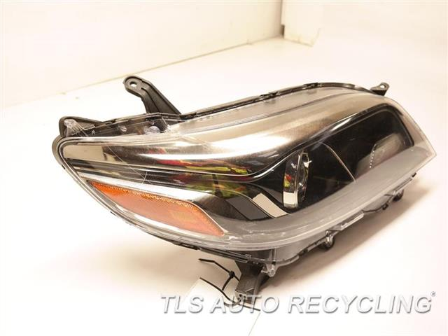 2016 Toyota Sienna Headlamp Assembly HAS ONE DEEP SCRATCH LH,LED DAYTIME RUNNING LAMPS,HALOGE