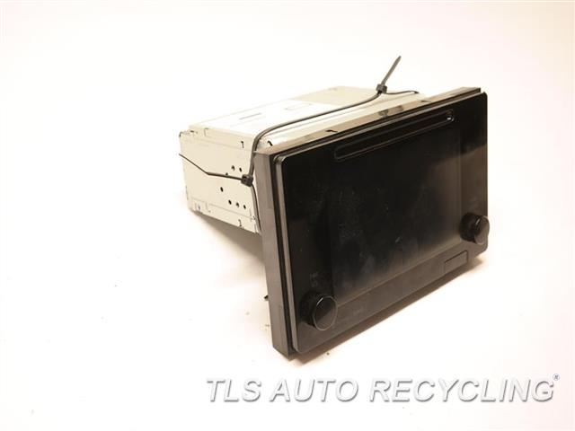 2016 Toyota Sienna Radio Audio / Amp 86100-08061  ID 510157 DISPLAY AND RECEIVER, NAVIGATION