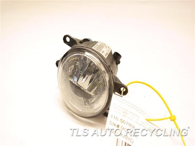 2017 Toyota Sienna Front Lamp  LH,FOG-DRIVING, (BUMPER MOUNTED), L