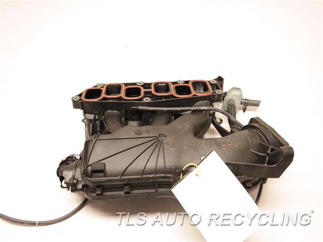2017 Toyota Sienna Intake Manifold  INTAKE MANIFOLD 17111-0P050