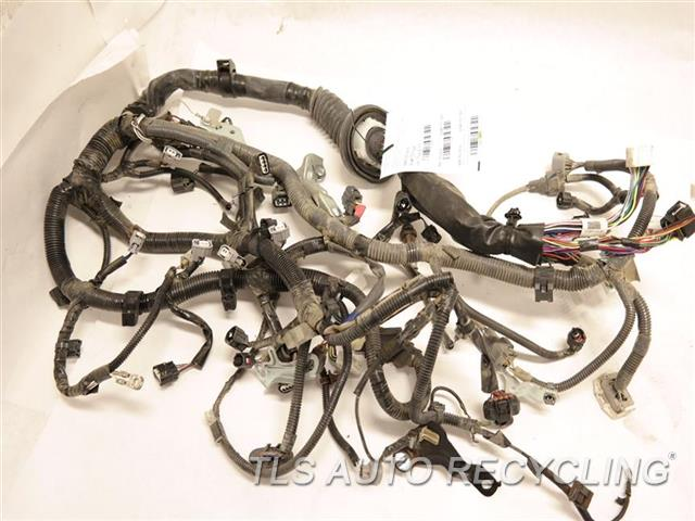 2015 toyota tacoma engine wire harness engine wire harness 82121 rh tlsautorecycling com toyota tacoma wiring harness 2017 toyota tacoma wiring harness diagram