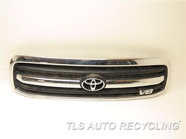 2002 toyota tundra grille 53100 0c020 used a grade. Black Bedroom Furniture Sets. Home Design Ideas