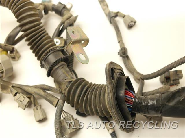2003 toyota tundra engine wire harness 82121 0c021. Black Bedroom Furniture Sets. Home Design Ideas