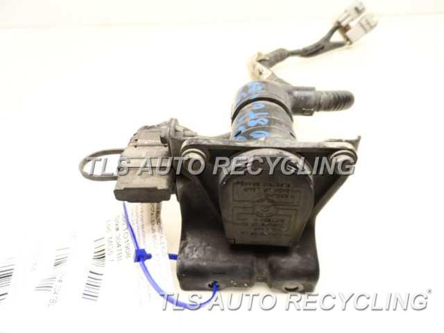 toyota_tundra_2008_hitchtow_hookwinc_108359_02 2008 toyota tundra trailer hitch 82169 0c040 82824 34050trailer  at nearapp.co