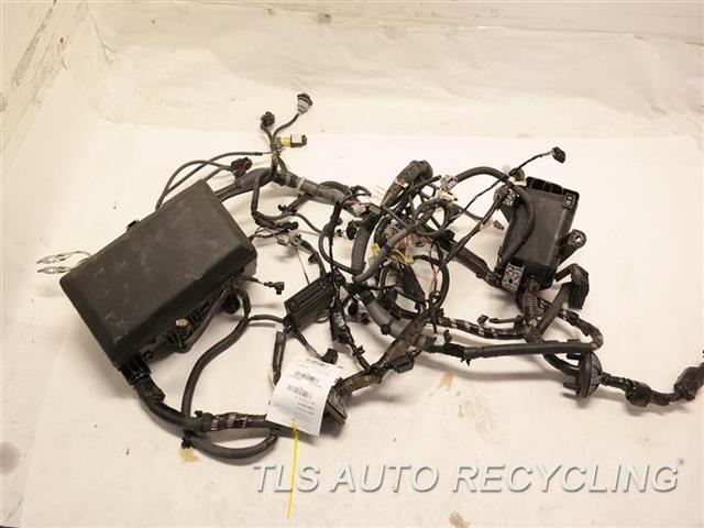 2013 toyota tundra engine wire harness 82111 0853 used. Black Bedroom Furniture Sets. Home Design Ideas