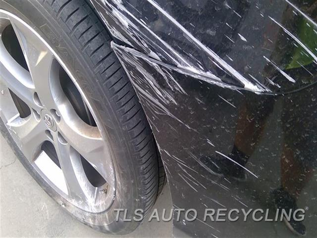 2009 Toyota Venza Bumper Cover Rear   SCRATCHES MIDDLE SECTION AND LH SECTION 4S1,1S1,BLK