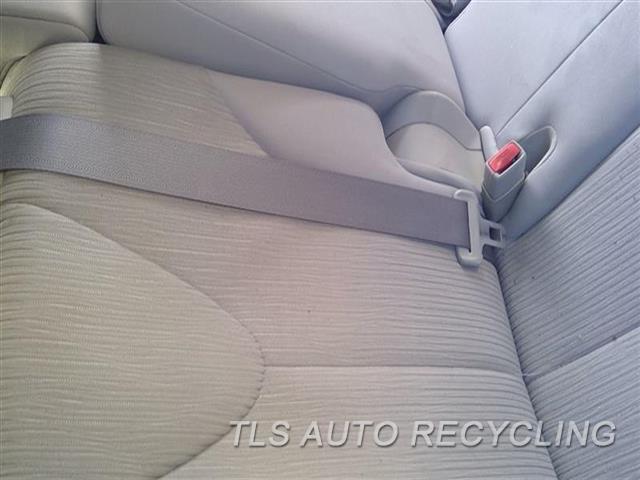 2009 Toyota Venza Seat Belt Rear  GRY,REAR,CENTER