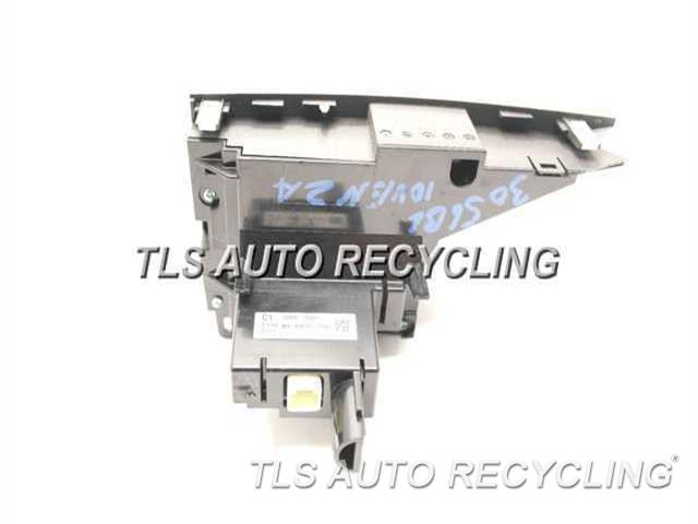 2010 Toyota Venza Temp Control Unit  HEATER CONTROL UNIT 55900-0T021