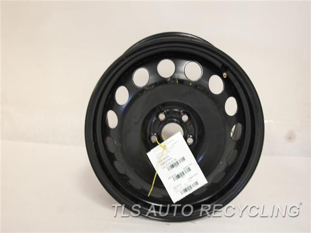 2000 Volkswagen Beetle Wheel