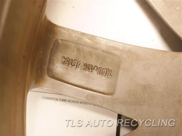 2015 Volkswagen Golf Wheel WHEEL FROM 2013 GOLF, MINOR SCRATCHES 17X7 10 SPOKE ALLOY WHEEL