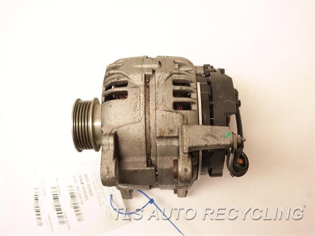 2013 Volkswagen Passat Alternator  2.5L (140 AMP)  07K903023A