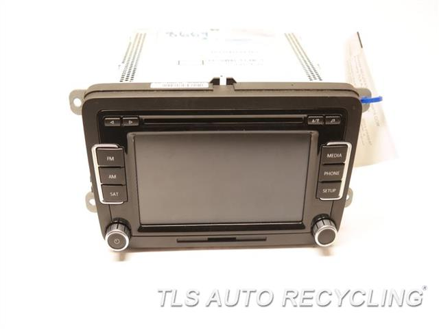 2013 Volkswagen Passat Radio Audio / Amp  RADIO DISPLAY RECIEVER 1K0035180AF