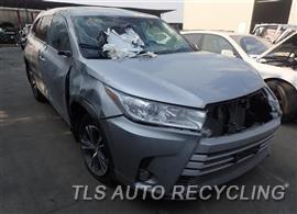 2018 Toyota Highlander Car for Parts