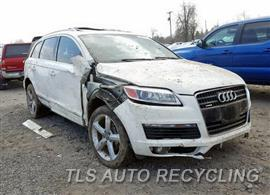 Parting Out Stock# 00350R 2009 Audi Q7 Audi