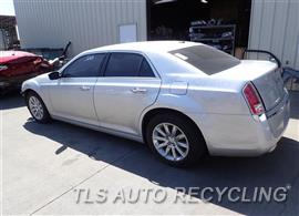 2012 Chrysler 300 Parts Stock# 7386OR