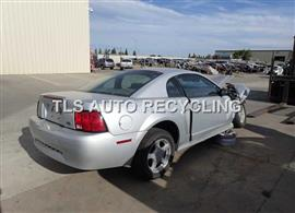 2004 Ford MUSTANG Car for Parts