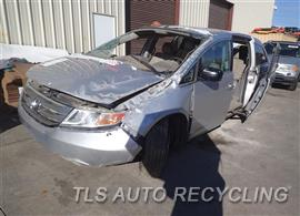 2012 Honda Odyssey Car for Parts