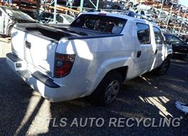 honda_ridgeline_2006_car_for_parts_only_271502_02 2006 honda ridgeline intake manifold 17030 rda a01 used a grade 2006 Honda Ridgeline Power Steering Pump at edmiracle.co