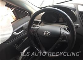 2013 Hyundai VELOSTER Car for Parts