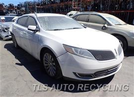 2014 Lincoln MKS Car for Parts