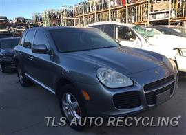 2005 Porsche Cayenne Car for Parts