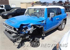 Parting Out Stock# 7350OR 2007 Toyota Fj Cruisr