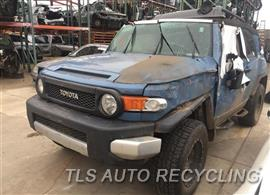 Parting Out Stock# 9087YL 2011 Toyota Fj Cruisr