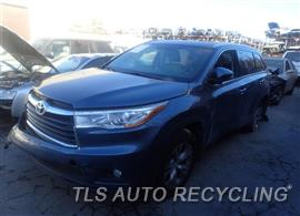 2014 Toyota Highlander Car for Parts