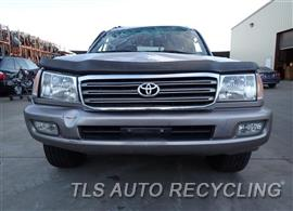 2004 Toyota Land Cruiser Parts Stock# 7493GR